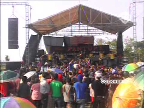 022. Berondong Tua - Ratna - New Pantura Suruhan Kayen (2013) video