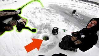 Ice Fishing BRUTALLY Cold Temps PAYS OFF!!! (Magic Spot)