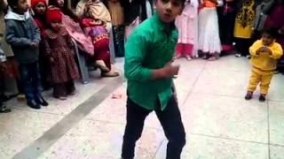 Love Dose Honey Singh Break Dance by Pakistani Little Boy