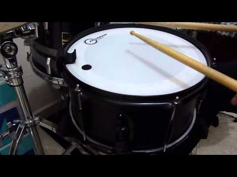DrumClip Demo - Regular And Small Size Clip On Snare