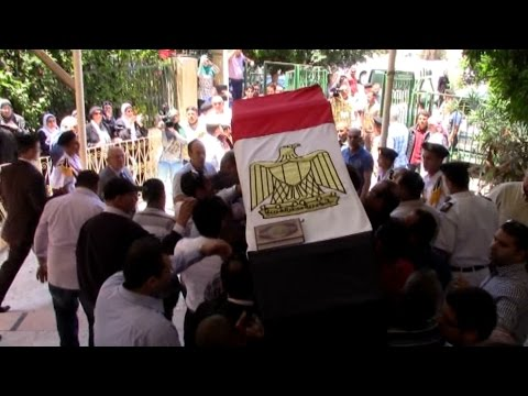 EGYPT | Hundreds mourn Alexandria's judge who killed in Sinai by Islamists