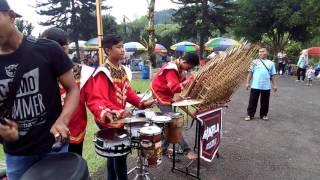 Download Lagu KERINDUAN PENGAMEN ANGKLUNG HEBAT SYEDAAP... Gratis STAFABAND