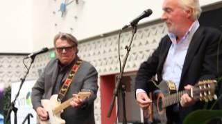 Watch Olsen Brothers Smuk Som Et Stjerneskud video