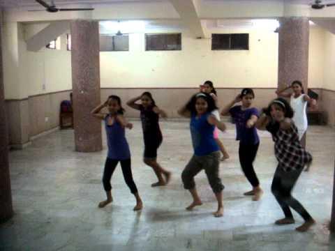 Kala Sangam Delhi - Aunty ji