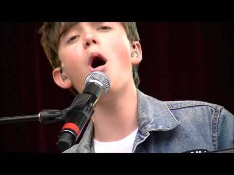 Greyson Chance - Sunshine and City Lights - NEW SONG LIVE in Vancouver August 2012 (HD)