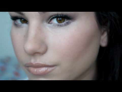 SuckerPunch BabyDoll Makeup and Hair Tutorial (Emily Browning)