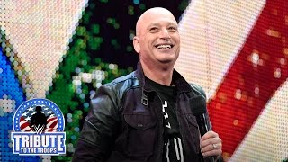 Howie Mandel brings laughs to the U.S. Armed Forces
