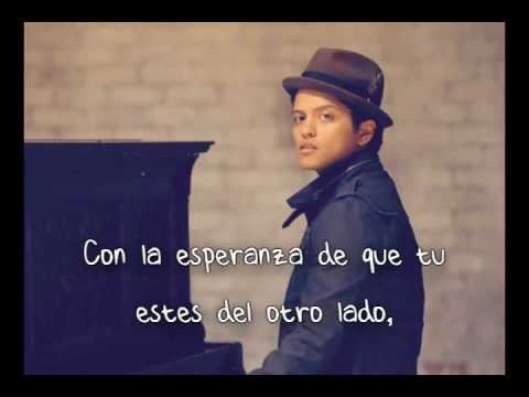 Bruno Mars - Talking To The Moon (español) video