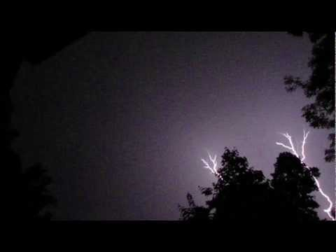 Roches - Lightning Storm