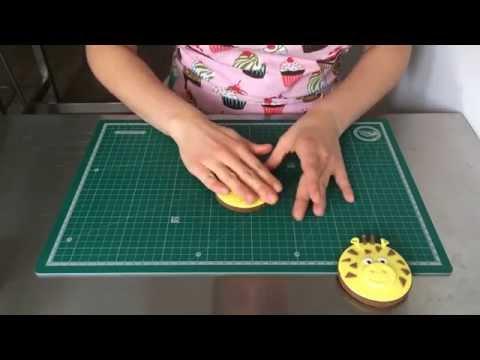 paso a paso para hacer una galleta en forma de jirafa