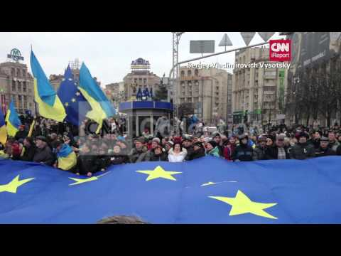 UKRAINE PROTESTS-HUGE CROWDS RALLY