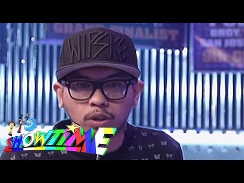 Loonie Performs A Rap Song On It's Showtime video