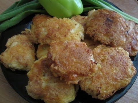 """Видео-рецепт """"Наггетсы куриные в сырной обсыпке"""". Быстро и вкусно!"""