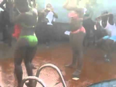 Kumasi Pool Party Mapouka   Youtube video