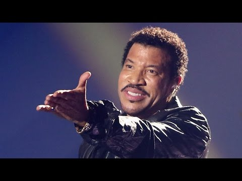 Lionel Richie Claims Justin & Miley's Songs Are Forgettable