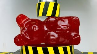 EXPERIMENT HYDRAULIC PRESS 100 TON vs GIANT GUMMY BEAR