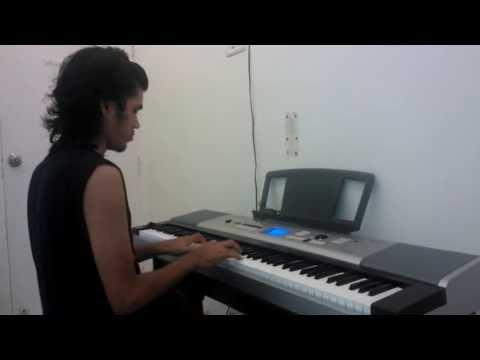 Maula Mere Lele Meri Jaan - On Piano