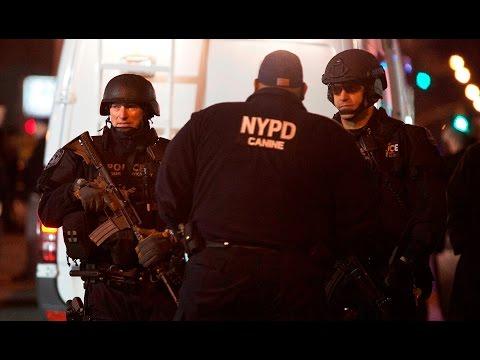 Mueren dos policías de Nueva York tras ser tiroteados en su coche patrulla