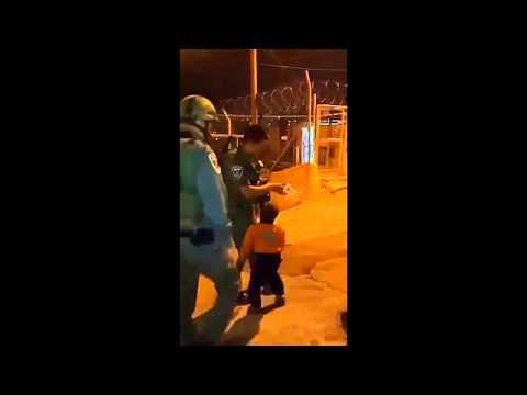 """""""Palestinian"""" arab kid hugs an Israeli soldier"""