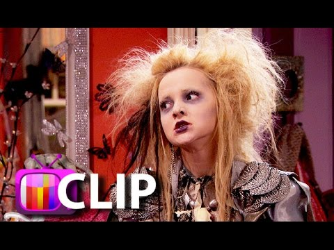 Liv and Maddie': The Twins Get A Triplet - Halloween Special - dove