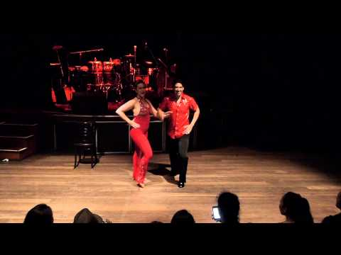 Juan & Josie - BACHATA - Byron Latin Fiesta 2012
