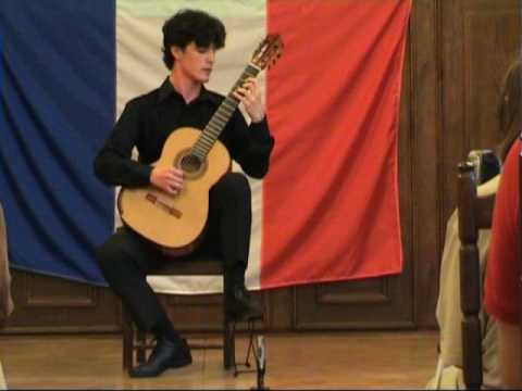 Rare Guitar Video: Gabriel Bianco plays La Serenor from Collectici Intim by Vicente Asencio