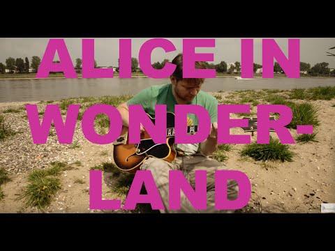 Alice In Wonderland - David Plate Solo Guitar