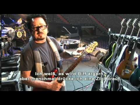 Steve Lukather shows his Music Man guitars ( Interview from Falling In Between 2007 )