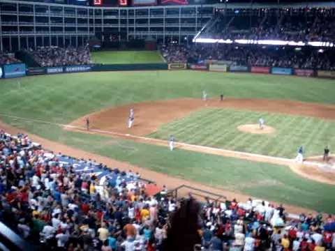Jarrod Saltalamacchia Homers Against Seattle (8/2/2009) Video