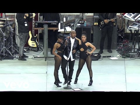 download lagu Ne-yo - She Knows Live On The Honda Stage gratis