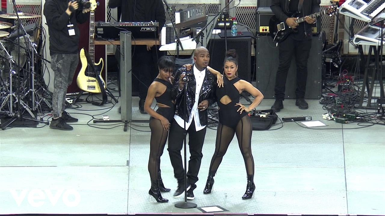 Ne-Yo - She Knows (Live On The Honda Stage From The Georgia Dome)