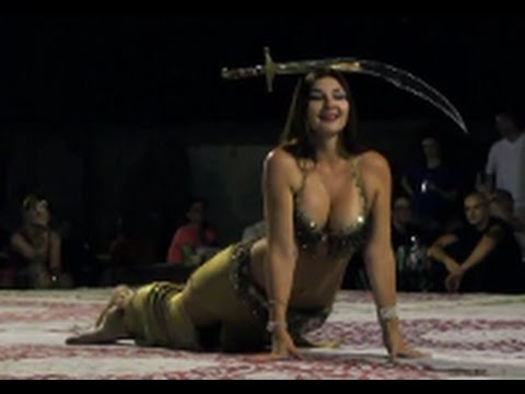 Superb Hot Sexy Arabic Belly Dance video