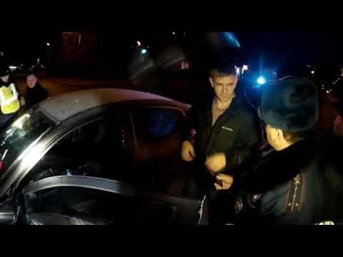 Пьяный на КИА, владельца оформили за передачу руля. Место происшествия 03.11.2017