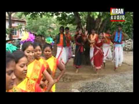 Nagpuri Songs Jharkhand 2014 - Kin De Hath Kar Chudiya video