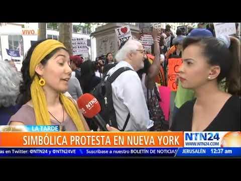 Cientos de neoyorquinos protestan en el Día Mundial del Refugiado contra la política antiinmigrante
