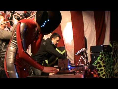 DJ-дуэт Пиратское Радио (DJ Фрик & DJ Рик) в клубе X. O.