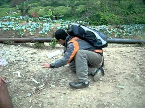 Korban Gunung Gede Korban Gunung Gede.avi