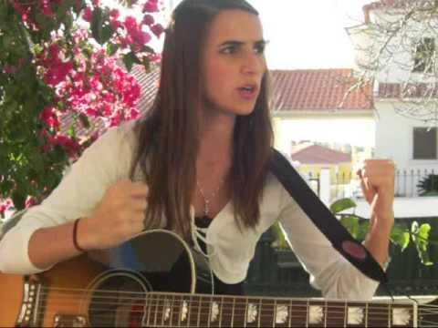 Ana Free sings Head Over Feet (Alanis Morissette) Video