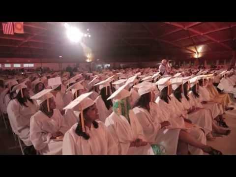 2014 MUM Graduation Jim Carrey (B-roll)