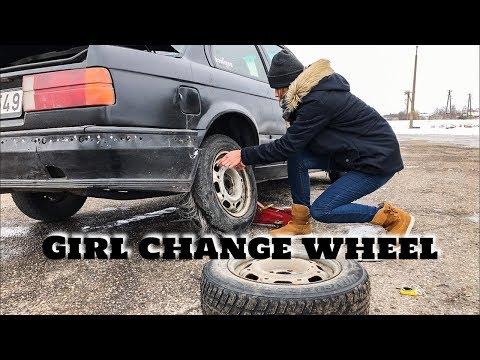 Girl drift E30 | Girl change wheel | дрифтит на Е30 | Девушка меняет колесо | Поздравление с 8 марта