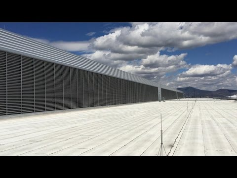 Inside Facebook's Oregon data center