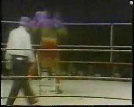Carlos Monzon vs Rodrigo Valdez I Round 15 Video