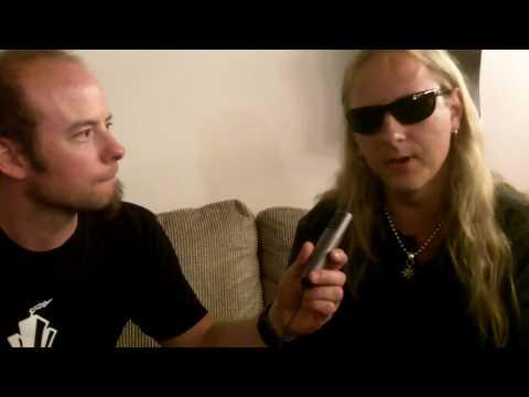 KLINGER interviews Jerry Cantrell