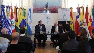Samper se mostró preocupado por el accionar de los fondos buitre con la Argentina