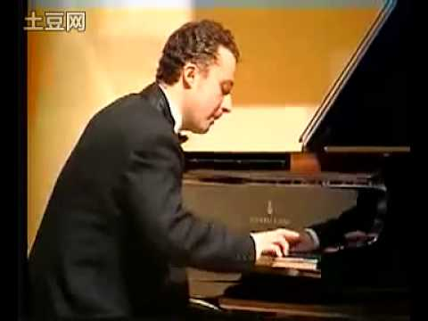 Chopin, Rondo in C minor. Sergey Kuznetsov, piano (2004).