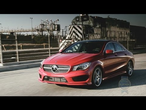 2014 Mercedes-Benz CLA Review - Kelley Blue Book klip izle