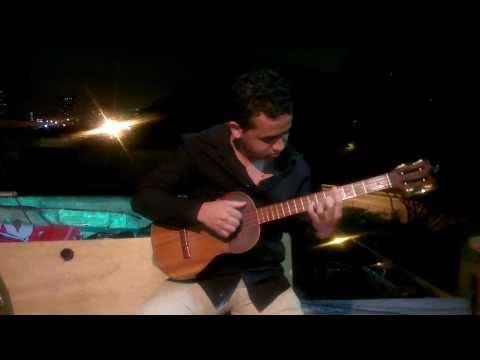 Raphael - locodelmundo interpreta LA BIKINA de Raphael, video RedKaraoke.flv
