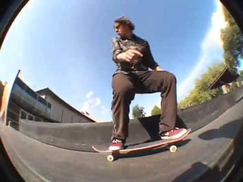 Cory Kennedy skates the new Seattle Center park Video