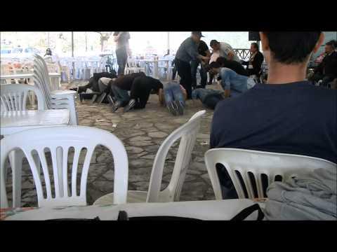 Πρωτομαγιά στη Φυλακτή 2015 Πως το τρίβουν το πιπέρι - Μέρος 4 | Fylakti.com
