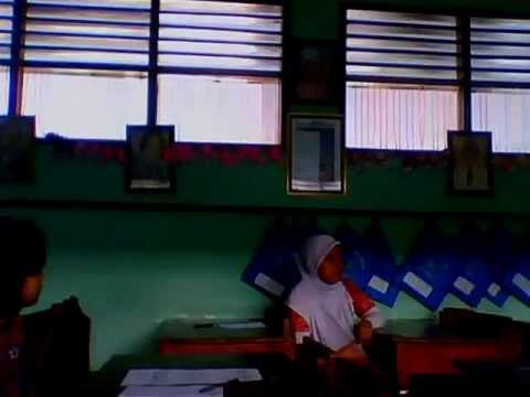 Video LOL anak-anak SDN Kramat 2 kelas 06